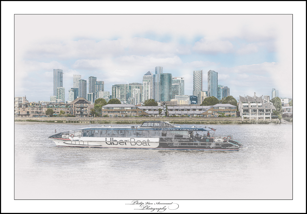 Art, cityview, London, Philip Van Avermaet, Photography, street art, street photography, thames, thames clippers, uber, uber boat,canary wharf